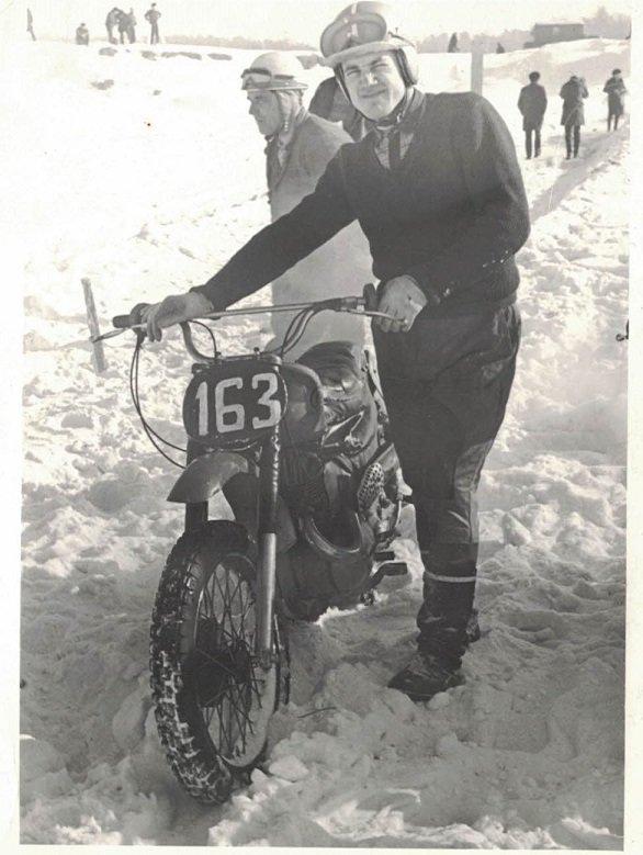 Ivars Blūmfelds (1945)