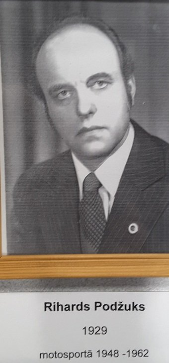 Rihards Podžuks (1929-2012)